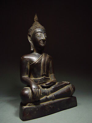 BLACK BRONZE MEDITATING CHIENGSAEN BUDDHA. ISAAN TEMPLE RELIC. NORTH THAI 19th C 9