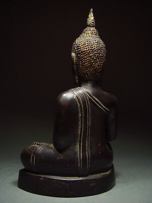 BLACK BRONZE MEDITATING CHIENGSAEN BUDDHA. ISAAN TEMPLE RELIC. NORTH THAI 19th C 5
