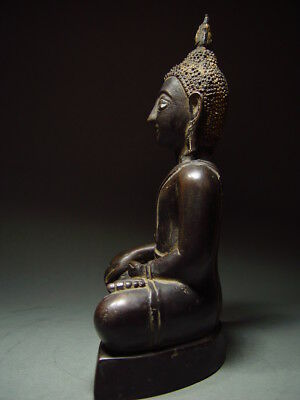 BLACK BRONZE MEDITATING CHIENGSAEN BUDDHA. ISAAN TEMPLE RELIC. NORTH THAI 19th C 4
