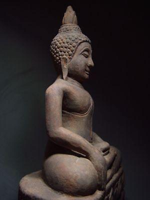 A SANDSTONE FIGURE OF A SEATED STONE BUDDHA. AYUTTHAYA PERIOD 16/17th C. 9