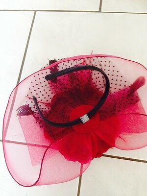 NEW Wedding Party Carnival Races Feather Millinery Fascinator lady Hat Maroon 3