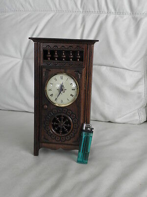 STUNNING ANTIQUE MINIATURE wood MANTLE CLOCK vintage retro uhr 2