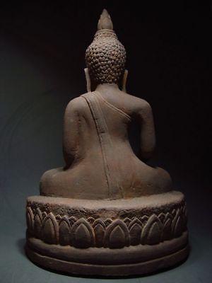 A SANDSTONE FIGURE OF A SEATED STONE BUDDHA. AYUTTHAYA PERIOD 16/17th C. 7