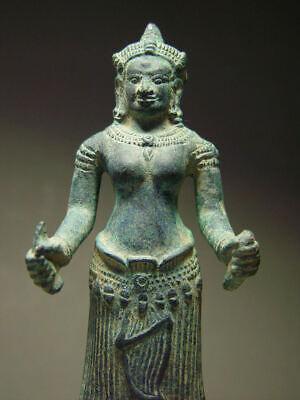 KHMER BRONZE FEMALE DEITY FIGURE, ANGKOR WAT 'BAYON' STYLE, CAMBODIA 17th C. 10