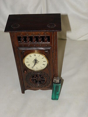 STUNNING ANTIQUE MINIATURE wood MANTLE CLOCK vintage retro uhr 3