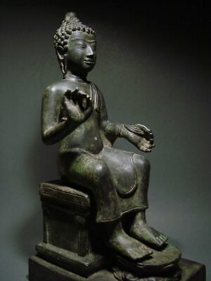 ENTHRONED BRONZE MON DVARAVATI BUDDHA 'EUROPEAN STYLE'. BURMA INFLUENCE 17/18thC 9