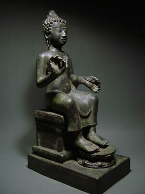 ENTHRONED BRONZE MON DVARAVATI BUDDHA 'EUROPEAN STYLE'. BURMA INFLUENCE 17/18thC 10