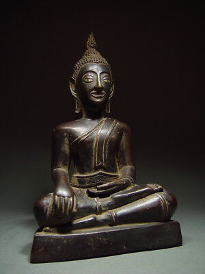 BLACK BRONZE MEDITATING CHIENGSAEN BUDDHA. ISAAN TEMPLE RELIC. NORTH THAI 19th C 10