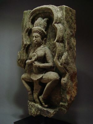 KHMER SANDSTONE TEMPLE GODDESS 'APSARA' STONE RELIEF FRAGMENT ANGKOR THOM 13th C 5