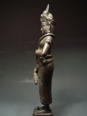 "KHMER BRONZE STATUE OF A STANDING FEMALE ""APSARA"" ANGKOR WAT STYLE. CIRCA:1800's"