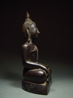 BLACK BRONZE MEDITATING CHIENGSAEN BUDDHA. ISAAN TEMPLE RELIC. NORTH THAI 19th C 8