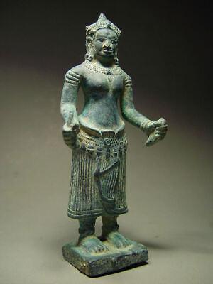 KHMER BRONZE FEMALE DEITY FIGURE, ANGKOR WAT 'BAYON' STYLE, CAMBODIA 17th C. 9