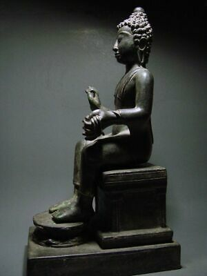 ENTHRONED BRONZE MON DVARAVATI BUDDHA 'EUROPEAN STYLE'. BURMA INFLUENCE 17/18thC 3