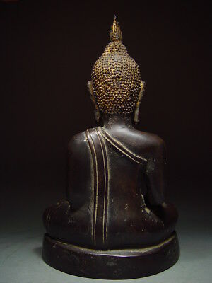 BLACK BRONZE MEDITATING CHIENGSAEN BUDDHA. ISAAN TEMPLE RELIC. NORTH THAI 19th C 6