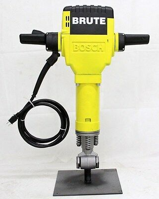 Bosch Brute 11304 HANDLE GRIP   breaker jack hammer NEW