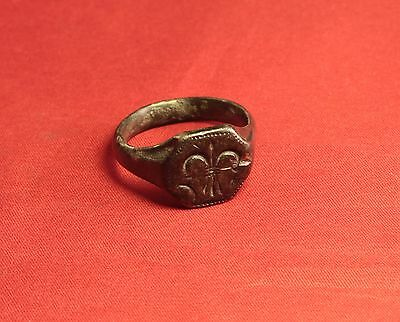 Big Medieval Bronze Knight's Seal Ring - 14. Century - Lily Sign! 4