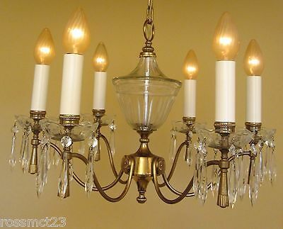 Vintage Lighting large Mid Century Italian made chandelier by Lightolier 2
