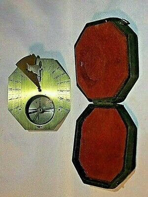 Antique French Brass Cased Pocket Sundial, circa 18th Century 11