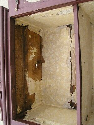 18/19 Century Delicate Early American Primitive Hanging Cupboard Red Paint 8