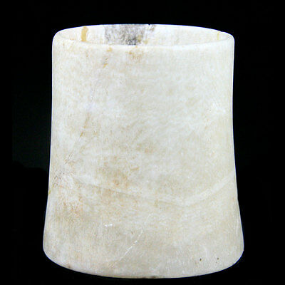 Egyptian carved alabaster beaker shaped vessel 1550 to 1070 B.C. y907