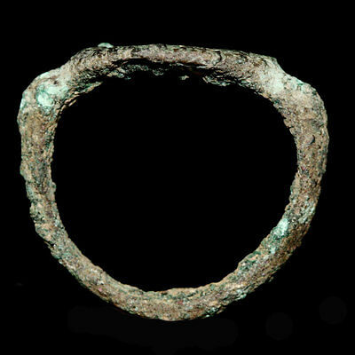 Roman bronze ring the bezel engraved with a male head in profile y118 2