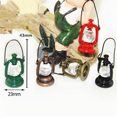 2pcs Retro Oil Lamp Room Dollhouse Miniature Model House Home Xmas Random Gift 3