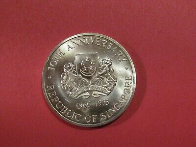 Singapore 1975 10 Dollars Silver unc Coin 6