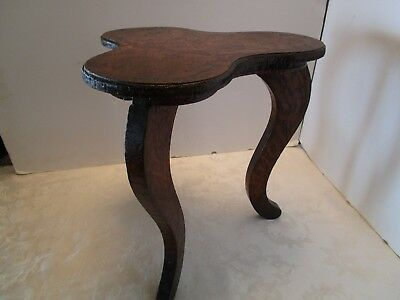 Antique Flemish Pyro Arts & Crafts Carved Side Table 3 curved S LEGS 1900's Vtg 7