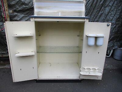 Arztschrank / Metallschrank / Blechschrank / original / alt / antilk 4