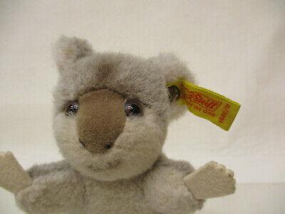 MES-64402Steiff Koala Bär weichgestopft,H:ca.11cm,mit Knopf und Fahne 2