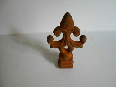 Architectural Cast Iron Finial 3