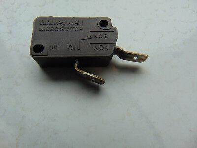 Schalter Mikroschalter Spülmaschine X3M415K2KAA0  5E4T125