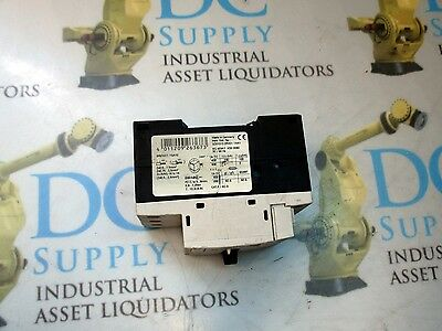 50//60 Hz 3-Pole Siemens 3RV1011-1JA10 Circuit Breaker 7-10 A