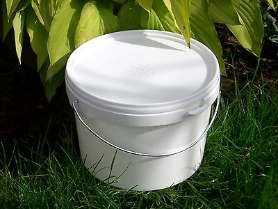 Beekeepers Half Gallon (2.5L) CONTACT FEEDER