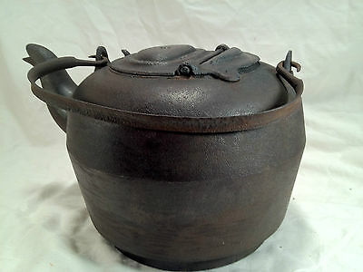 Antique Cast Iron Leibrandt Dowell Kettle Teapot with Handle  Made Philadel PA 8