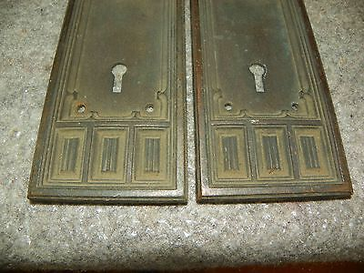 Pr Gothic Bronze Back Plates With Arched Motif 4810K 4