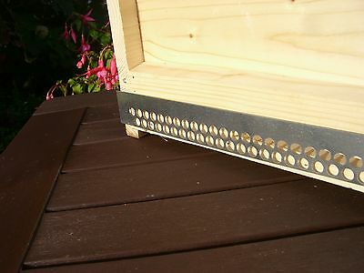 2 x Bee hive Mouseguards