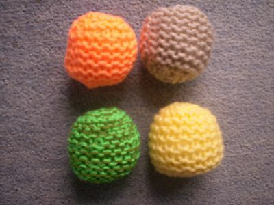 Jellybean Needs Your Help - Hand Knitted Catnip Ball Toy + Free Toy 5
