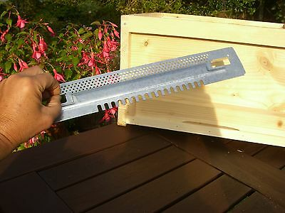 2 x Bee Hive sliding Mouse guards / Travel gates  for National hives 3