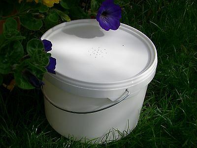2 x Beekeepers 1/2 Gallon CONTACT FEEDERS