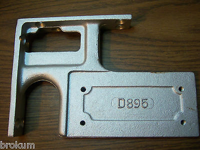 Vintage Nos Hardware Independant Lock Door Closer D895 Size D&25 Corner Bracket 2