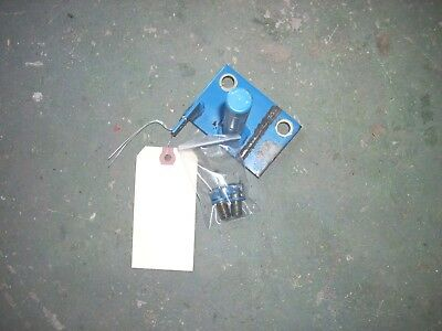 Ford 1715 Tractor RH Step Support , SBA35500580 2