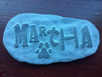 Pet memorial handcarved into natural stone, personalised name dog cat rabbit paw 3