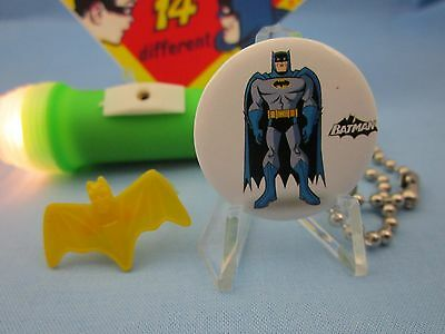 FLASHLIGHT /& SIGN 1966 PINBACK BATMAN /& ROBIN SUPERHERO TOY COLLECTION RING