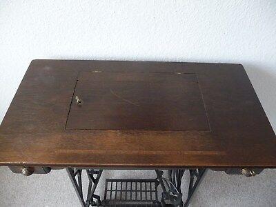 antike Dürkopp Schwingschiffchen Nähmaschine, Kl. 4, mit Untergestell