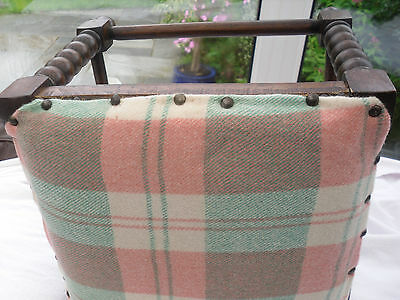 186) Vintage Welsh Blanket Covered Foot Stoole From 1940's 2