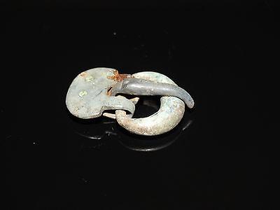 Fine bronze belt buckle . Goths. ca 200-400 AD 8