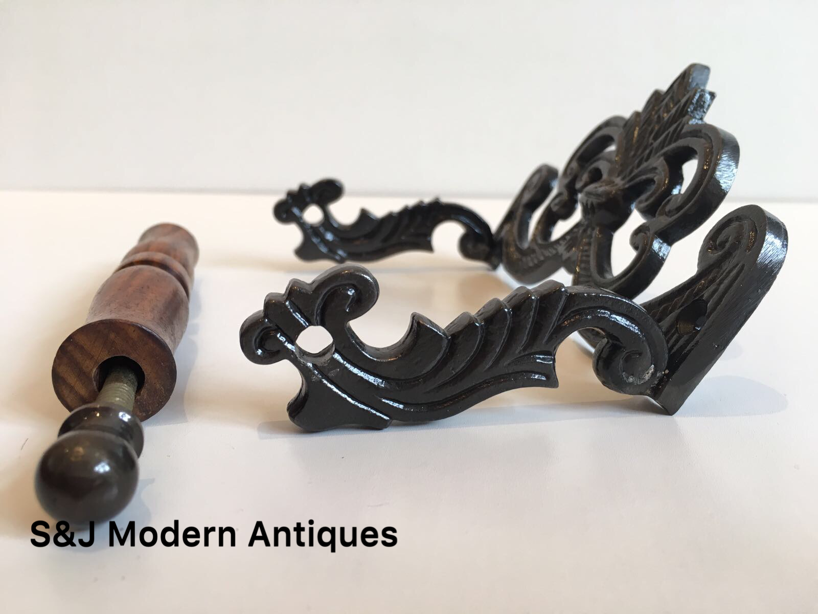 Iron Toilet Roll Holder Victorian Vintage Edwardian Black Grey Novelty Retro Old 5