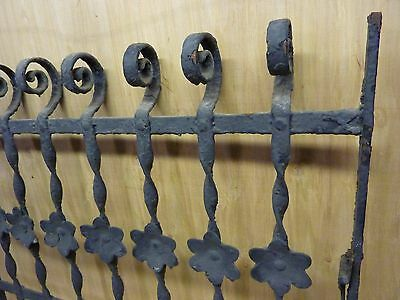 Antique Cast Iron Curly Top Floral Fence Window Gate Old Architectural Hardware 3