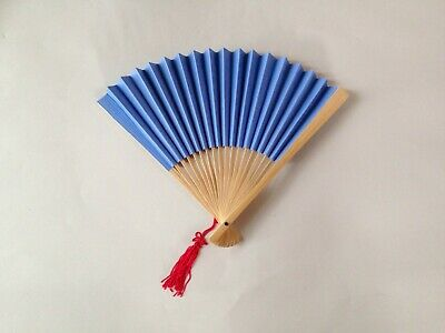 Traditional Chinese accessory set - blue parasol & fan and 2 concertina dragons 5